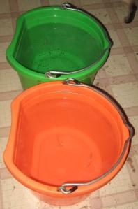tea buckets
