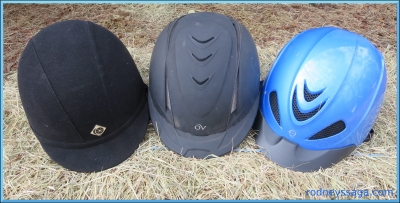 3 hats borders