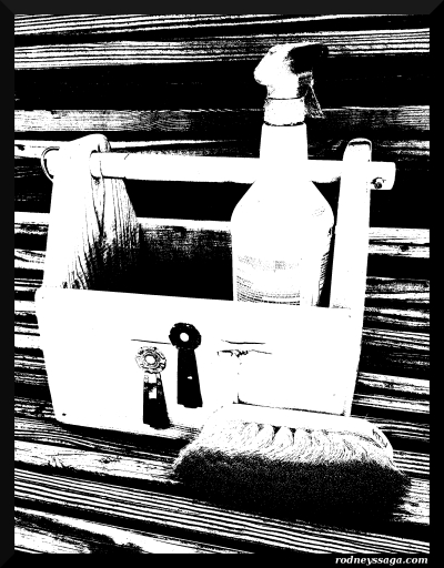 brush box b&w